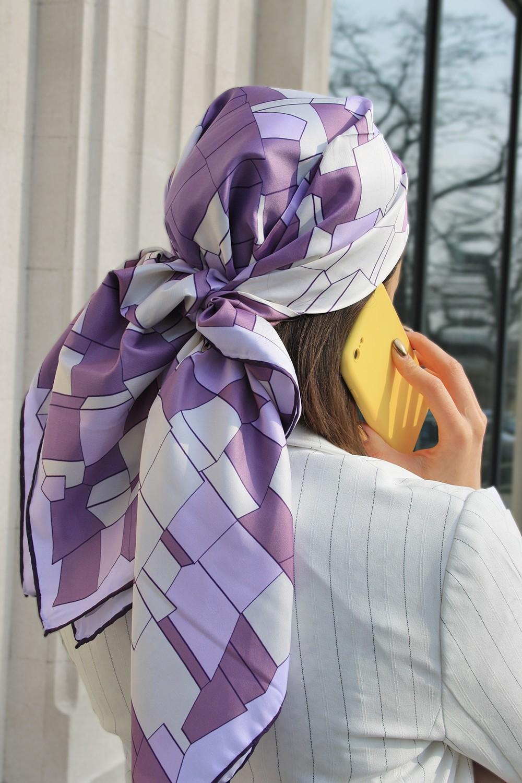 Лавандовый твиловый атласный платок
