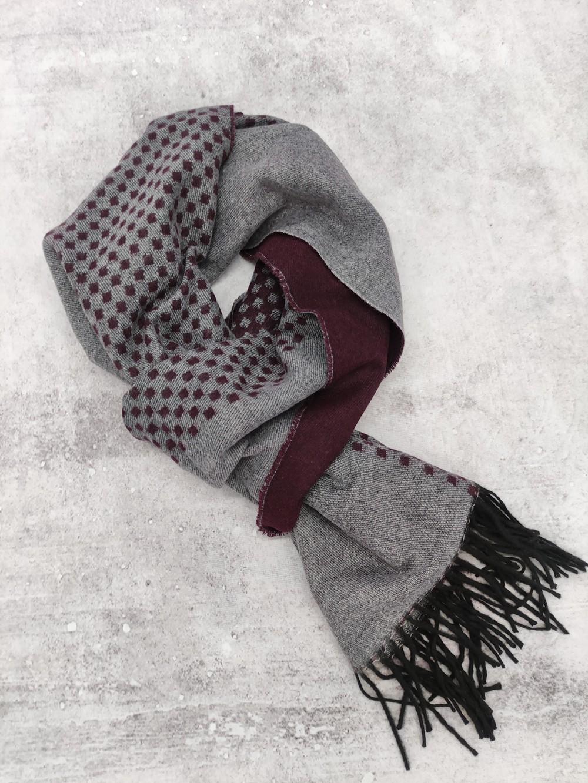 Мужской серо-бордовый шарф